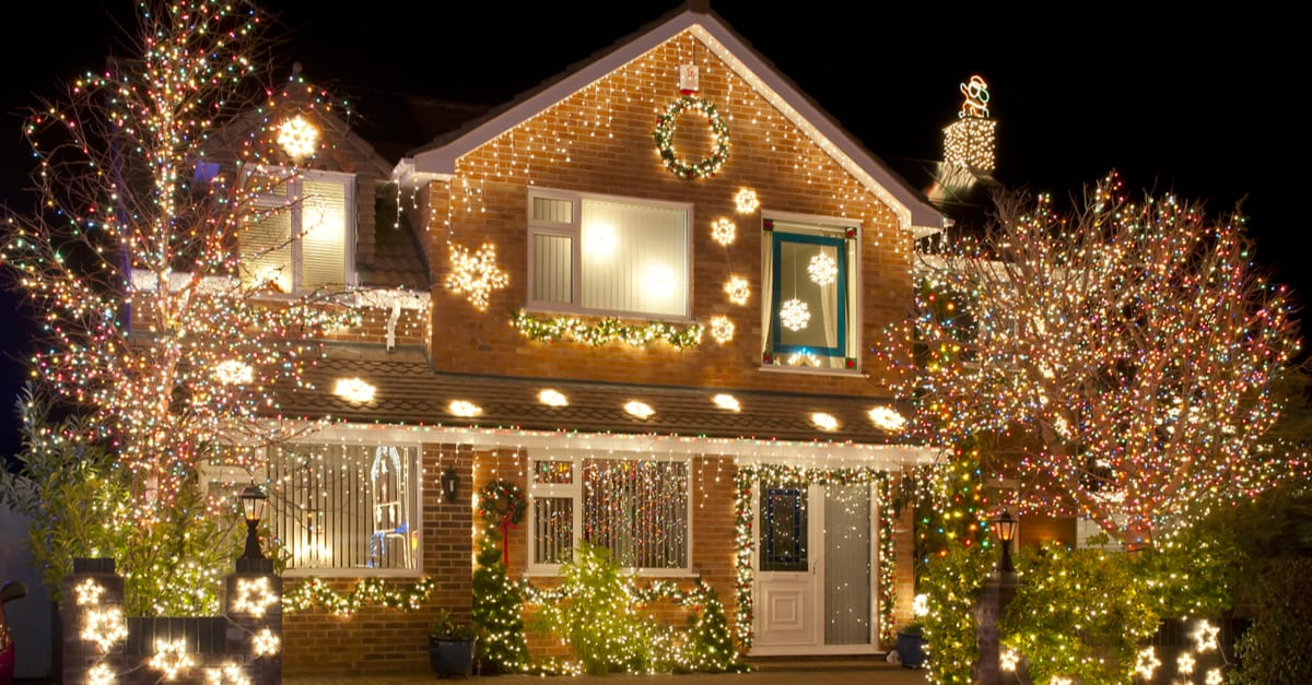 holiday season lights display to save energy
